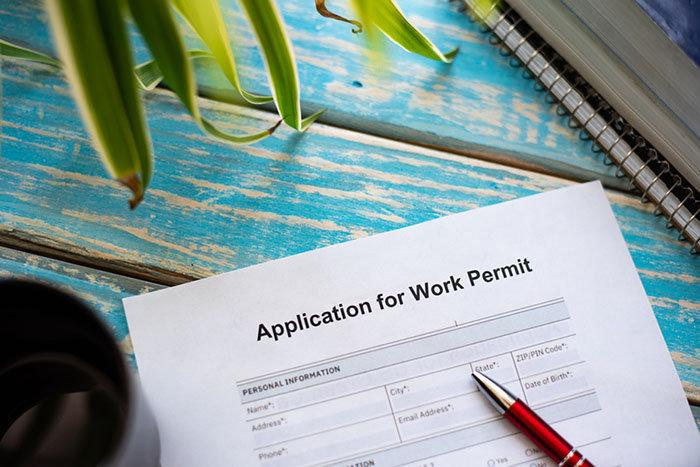 Qué Cláusulas que debe contener un contrato de trabajo para extranjeros